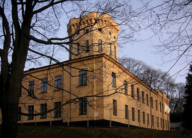 ambassad800px-Gamla_Skogsinstitutet
