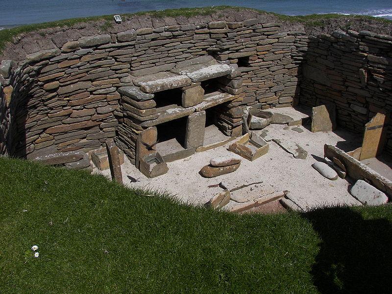 Skara_Brae_house-orkney-3180-2500BC-scotland-neolithic